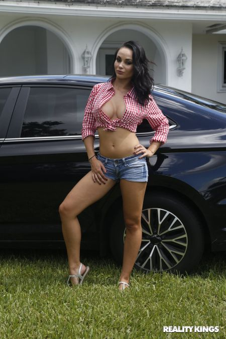 Crystal Rush - Milf Can I Wash Your Car